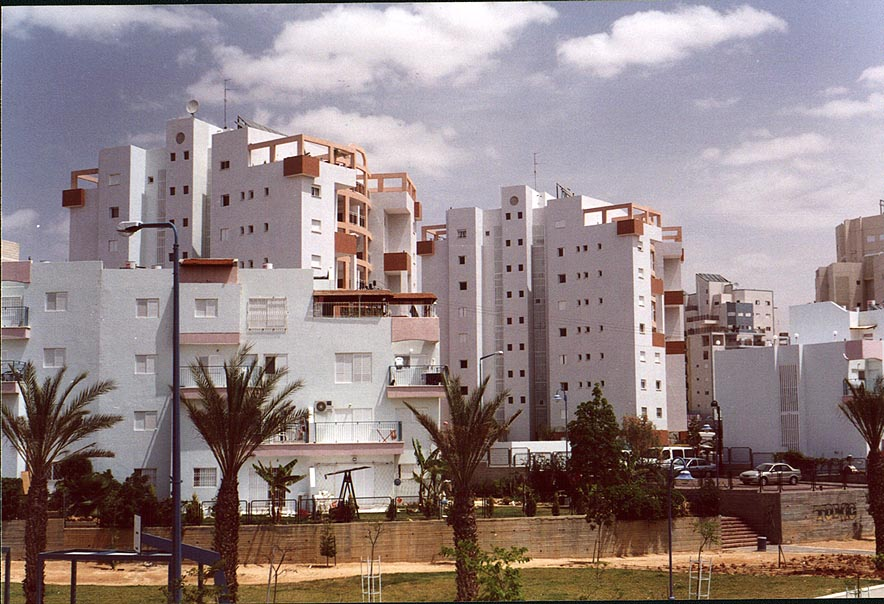 Apartment houses in Shekhuna Vaw district of Beer-Sheva. The Middle East