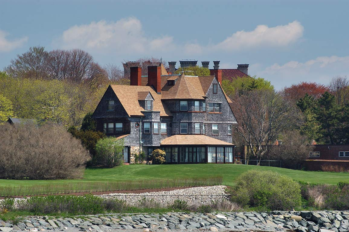 Midcliff Mansion, view from Cliff Walk trail. Newport, Rhode Island