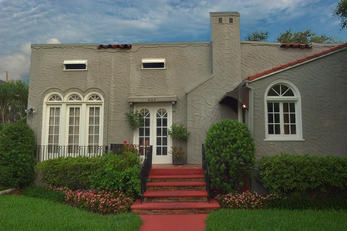 David J. Maddox house (1926) at 424 Audubon Blvd...neighborhood. New Orleans, Louisiana