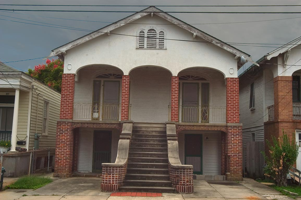 623-625 Seguin St. near Eliza St. in Algiers Point. New Orleans, Louisiana