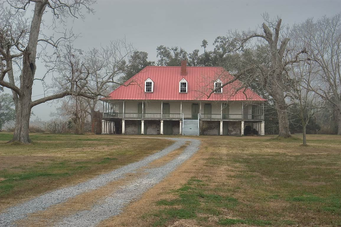 Home Place Plantation at Old River Rd.. Hahnville, Louisiana