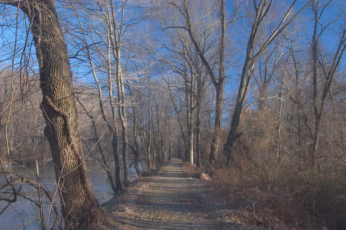 A trail in Delaware and Raritan Canal State Park north from Kingston. New Jersey