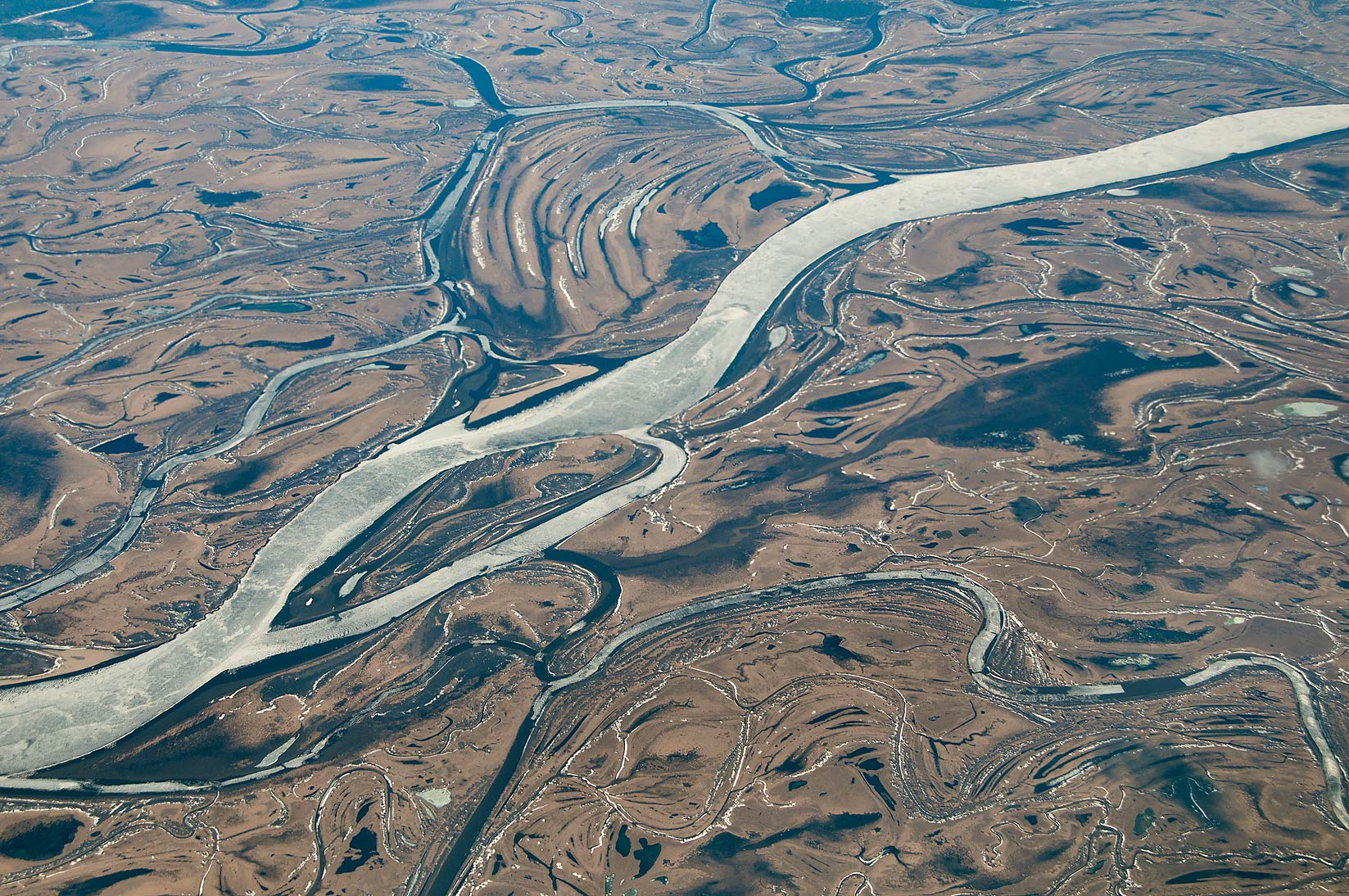 Ob River at Vort'egan in Siberia, Russia, south...a plane from Dubai, UAE to Houston, TX