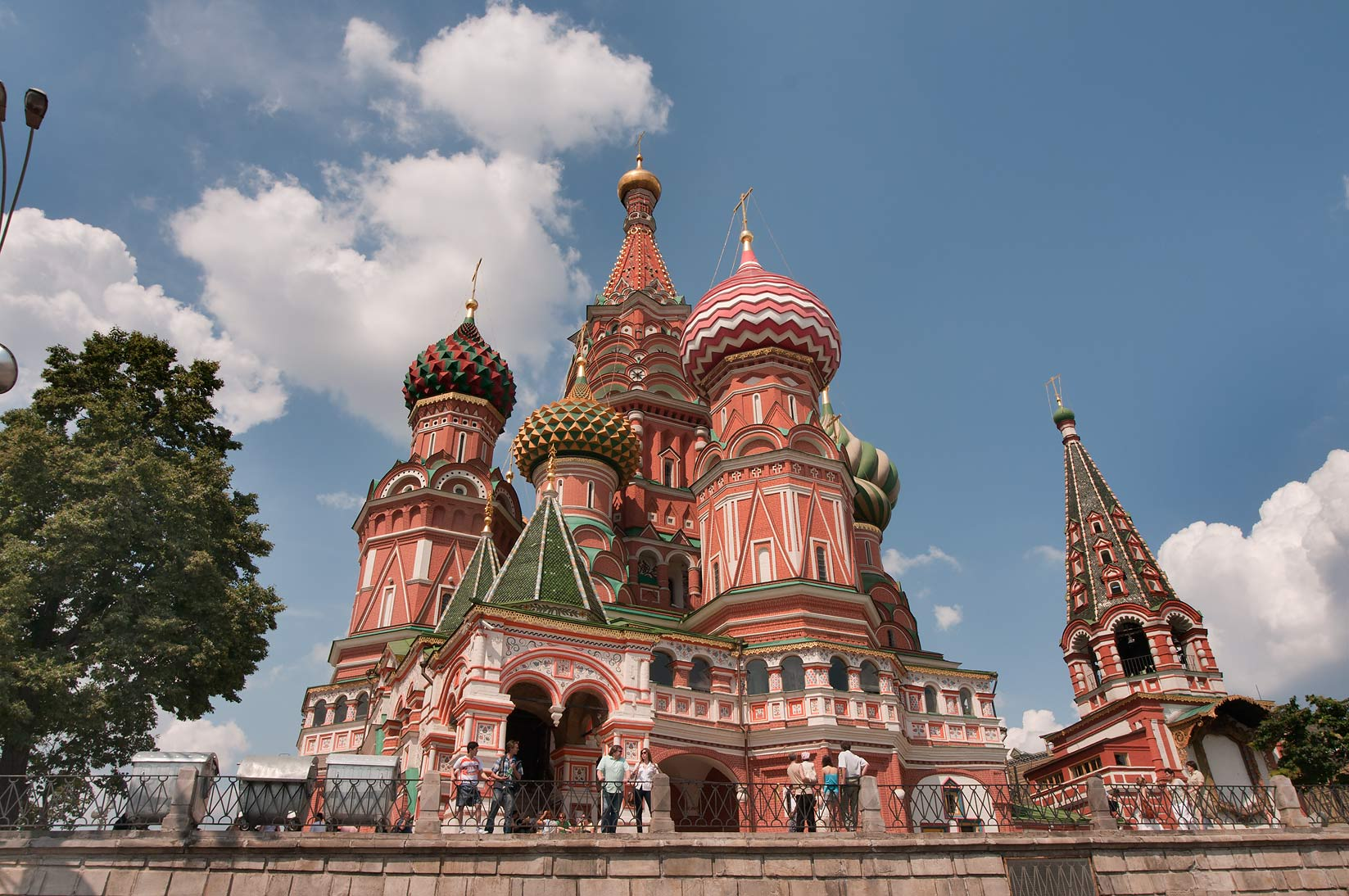 St. Basil's Cathedral (Pokrovsky Sobor) on Red Square near Kremlin. Moscow, Russia