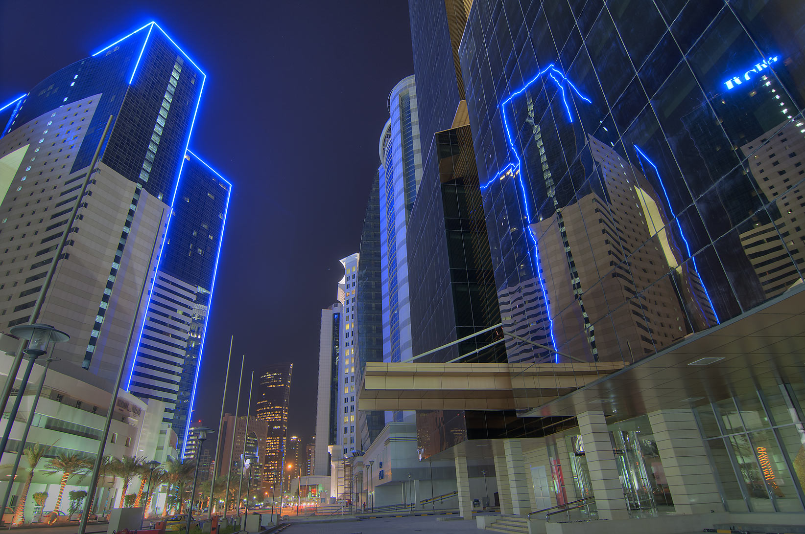Ezdan Hotel and Golden Bay Tower in West Bay. Doha, Qatar