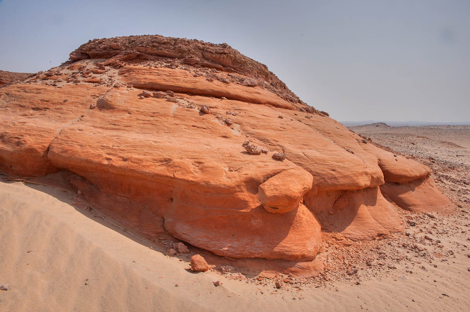 Lithified (compacted and hardened, turned to...Jebel Al-Nakhsh in south-western Qatar