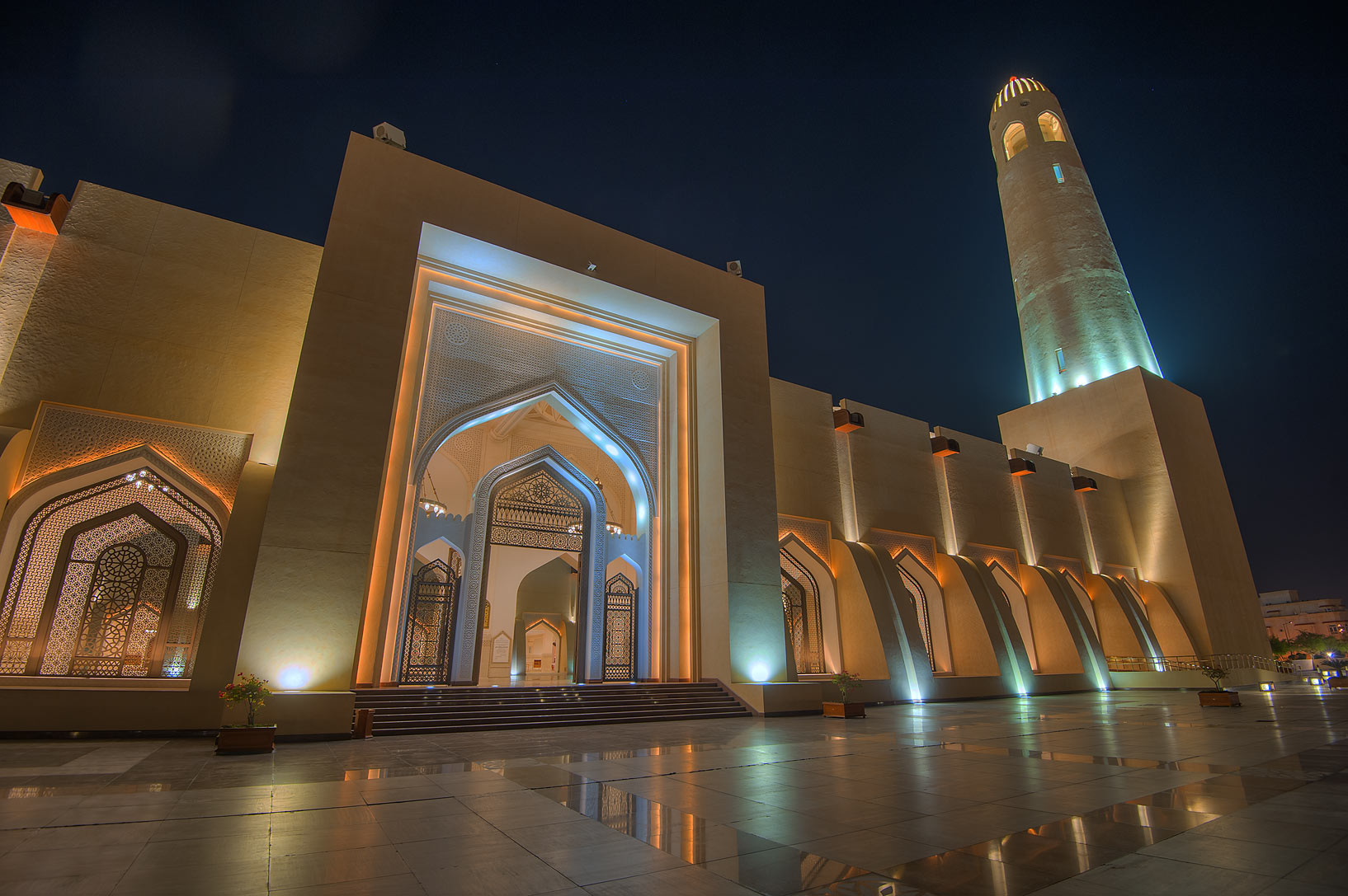 Women's gate of State Mosque (Sheikh Muhammad Ibn Abdul Wahhab Mosque). Doha, Qatar
