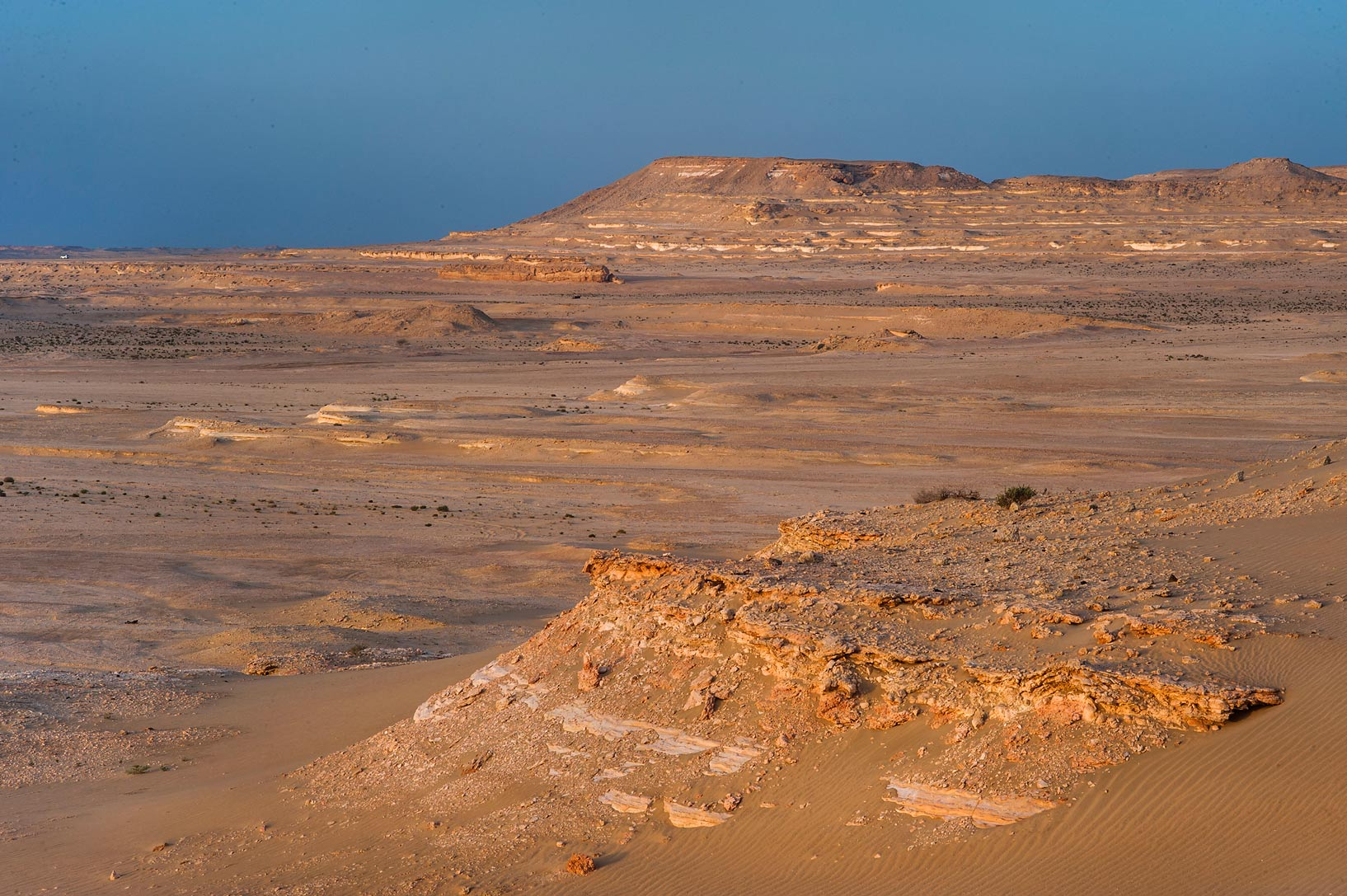 Slopes of Jebel Al-Nakhsh (Khashm an Nakhsh). South-western Qatar